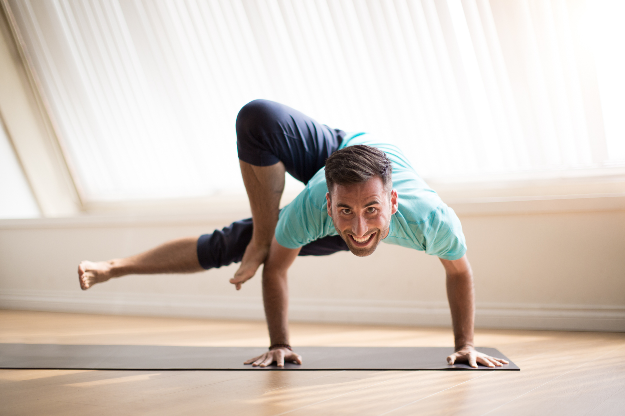 Yoga Side Crow Post Extended